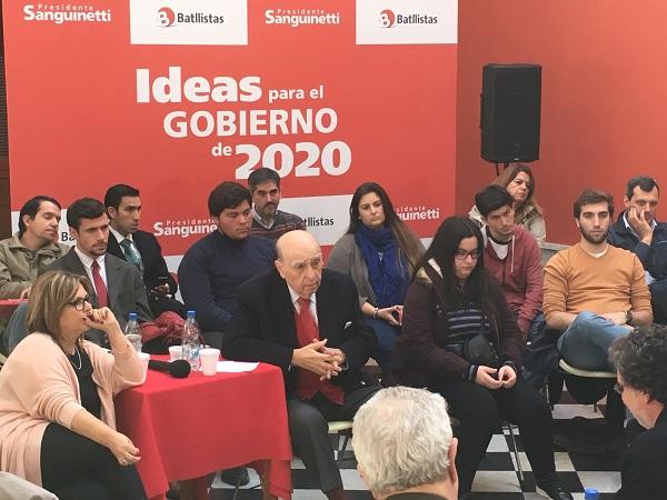 """Sanguinetti aseguró que cada día son más las evidencias que demuestran el """"desastre"""" que es la educación en Uruguay"""
