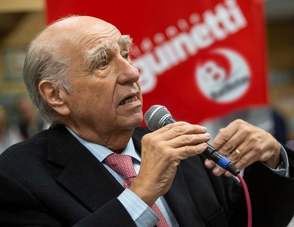 """Sanguinetti saluda """"cambio de opinión"""" de Vázquez y desafía a Martínez"""