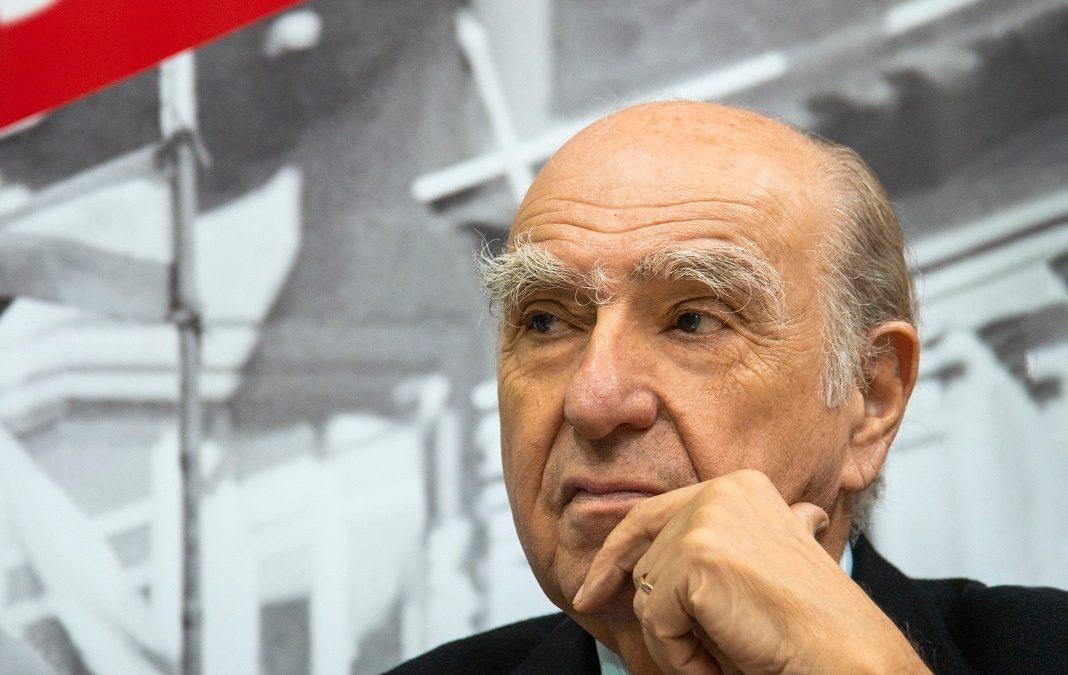 Sanguinetti criticó a docentes por oponerse a la Jura de la Bandera